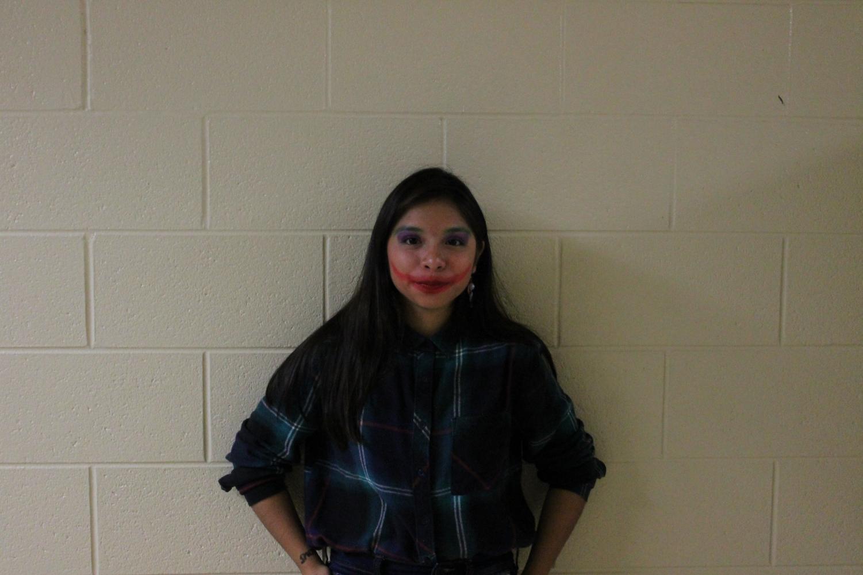 Junior Alejandra Flores in Joker-inspired makeup.